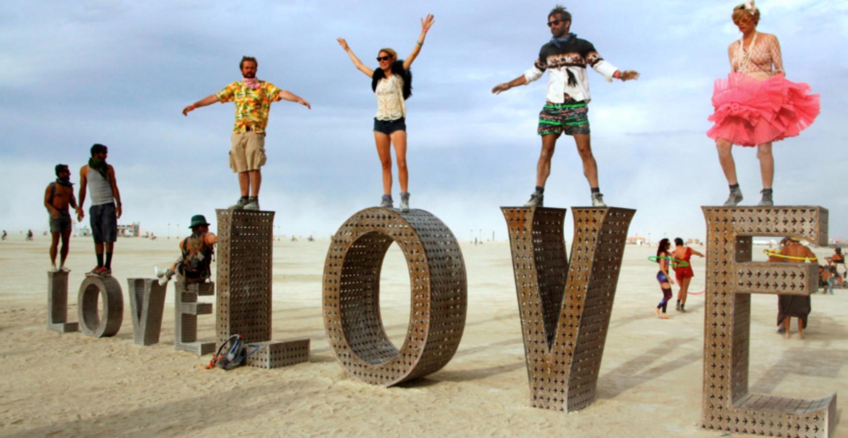 Individuelles Festival in Spanien ähnelt Woodstock