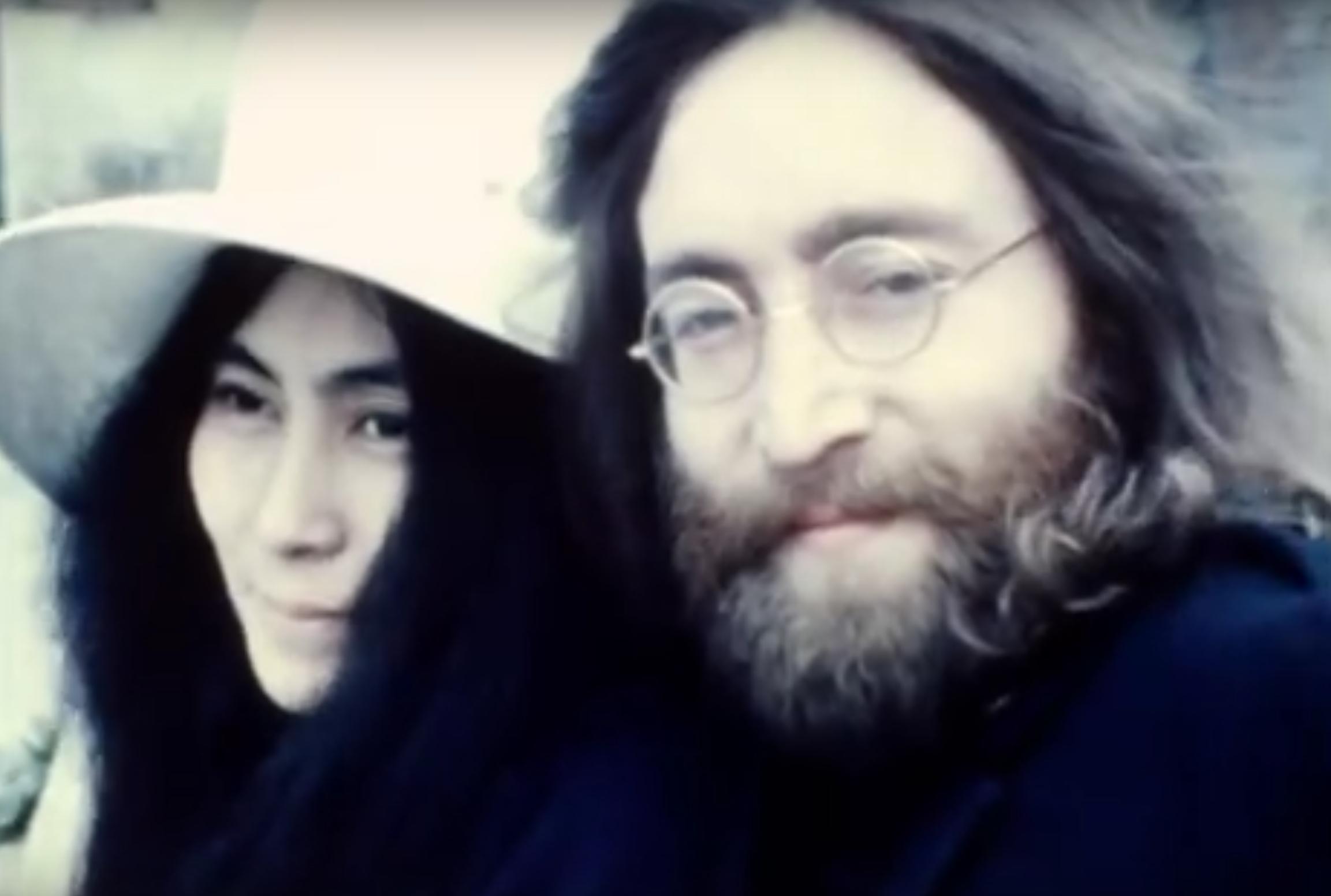 Feierlichkeiten um John Lennon Tribut zu zollen